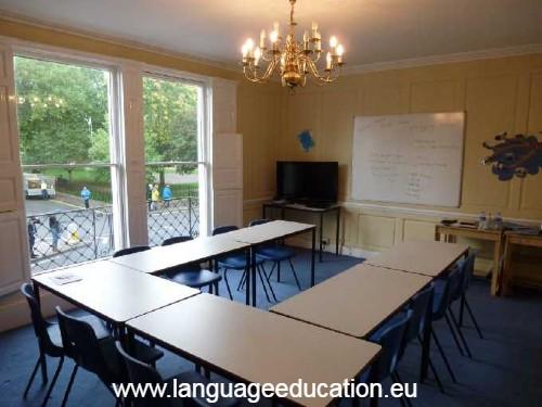English Language School course in Bath