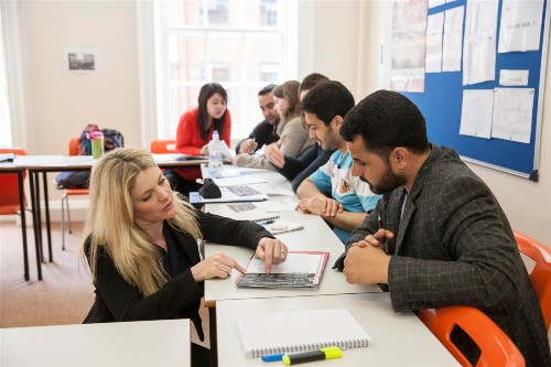 English Language School course in Leeds