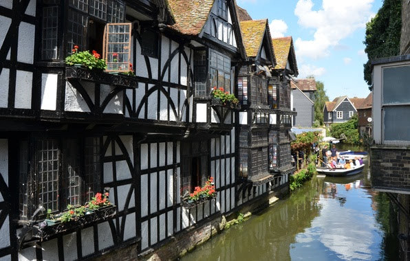 English Language School course in Canterbury