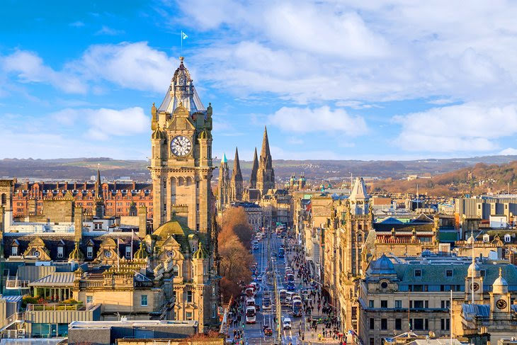English Language School course in Edinburgh