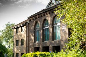 Junior Residential English Summer School Edinburgh Heriot-Watt university United Kingdom